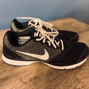 Nike Training Shoe, Women's 8.5